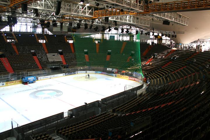 Die noch leere Olympiahalle in München