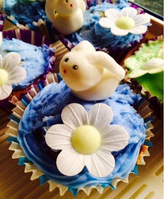 Happy Feaster Peter Rabbit Cupcakes #tastytales