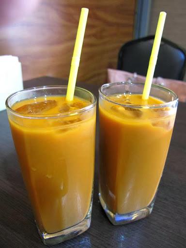泰式冰奶茶-二分之一泰式小館,台中泰式料理餐廳
