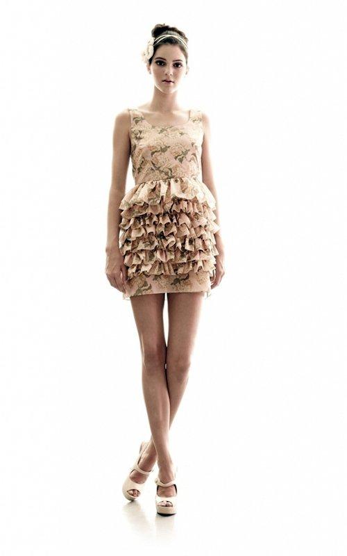 Trajes De Baño Estilo Vintage: de la Tele: Kendall Jenner posa en trajes de baño de estilo retro