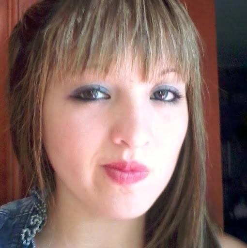 Nicole Cardoza Photo 15