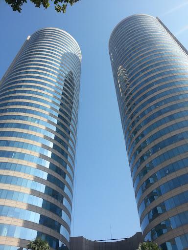 Sri-Lanka-Colombo-World-Trade-Centre