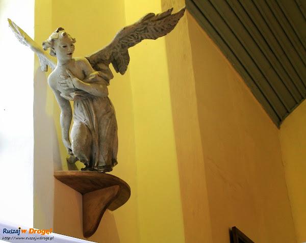 Anioły w kościele w Myszewie