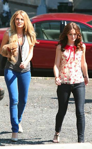Blake Lively and Leighton Meester - Page 4 Blake-and-leighton