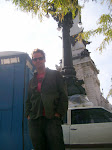 Al finds his favorite place at the monument in Indianapolis, IN