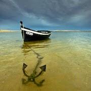 К чему снится корабль в воде?