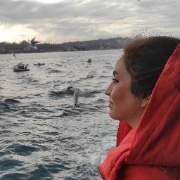 Zahra Saadati Photo 7