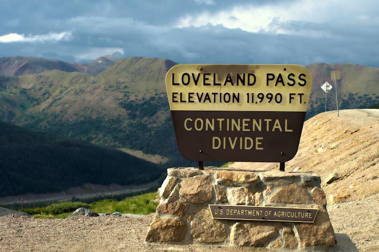 Loveland Pass, summit sign