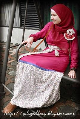 Ghaida Tsurayya Ihram gadis kelahiran Bandung, Jawa Barat, Indonesia