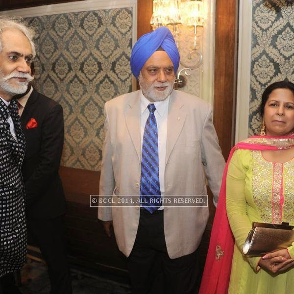 Sunil Sethi with Col Sethi and wife Avinash (Nimrit's parents)at fashion designer Rina Dhaka's pre show cocktail party, held in New Delhi.