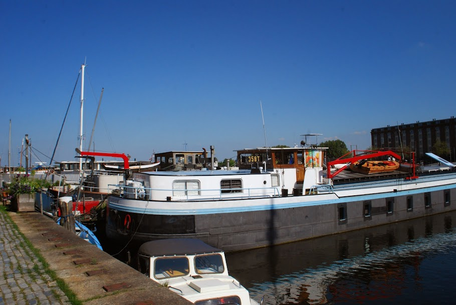 Houseboat in Borneokade, Amsterdam