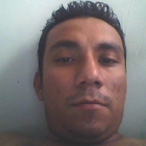 Victor Mendez Photo 31