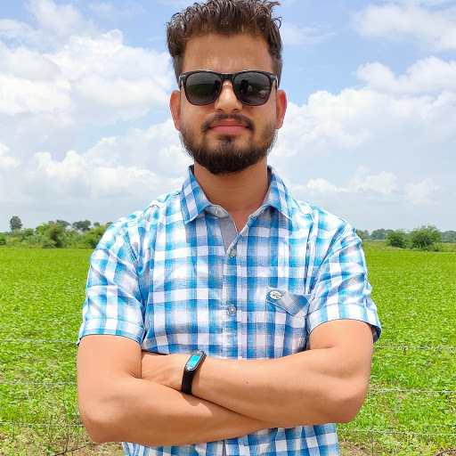 Dr Aakash