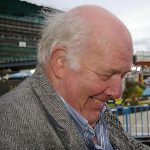 Geoffrey Henderson