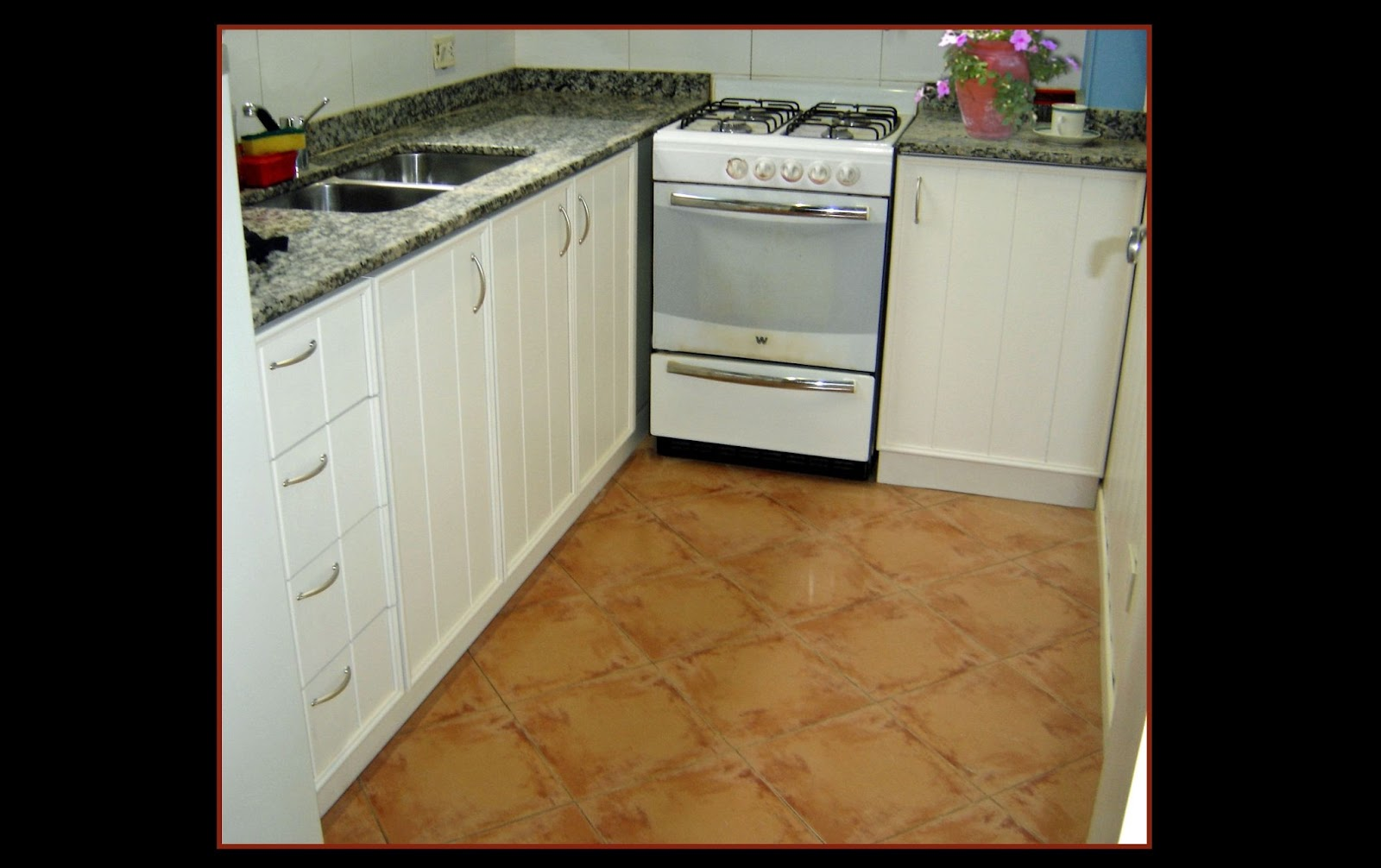 Cocina imitaci n tablas la carpinteria de daniel for Muebles plateros cocina
