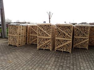 Risultati immagini per edile rizzo  legna da ardere