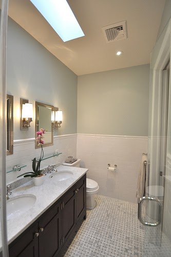 Bathroom design inspiration the girl in the red shoes for Benjamin moore bathroom colors 2011