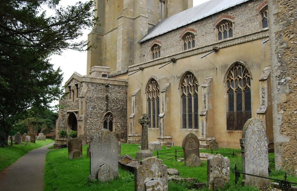 Церковь св. Агнии в Каустоне (Cawston)