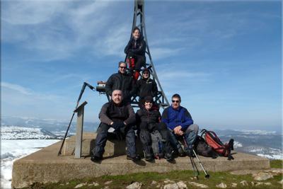 Ganalto mendiaren gailurra 898 m.  --  2013ko martxoaren 3an