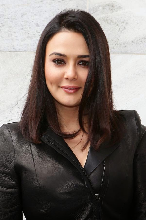 Let's take a look at celebrities who speak their mind and make some startling confessions : Preity Zinta: Preity Zinta has been in the news after the actress confessed her former boyfriend Ness Wadia of threatening her at Wankhede Stadium during this season's IPL final match.