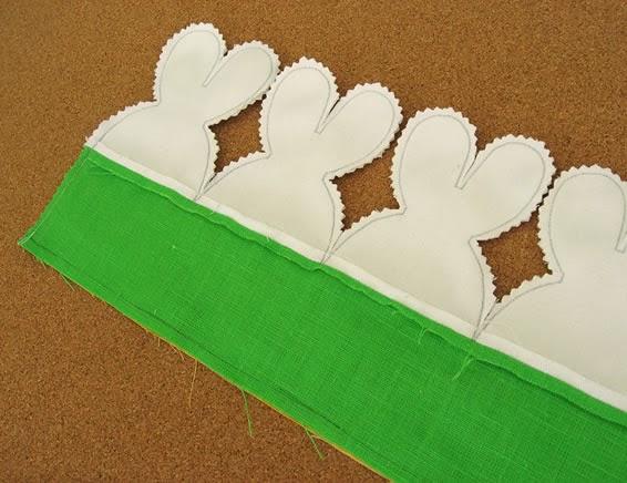 Barra de tecido com coelhos