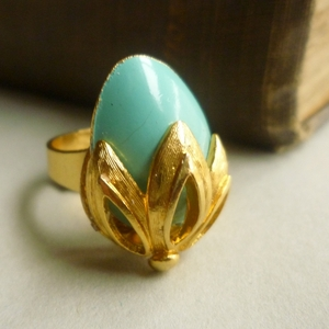 Turquoise vintage cocktail ring