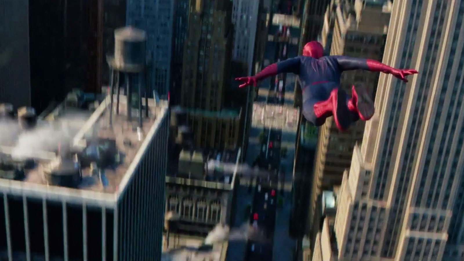 The Amazing Spider-Man 2 HD Wallpaper 01  flying spider-man