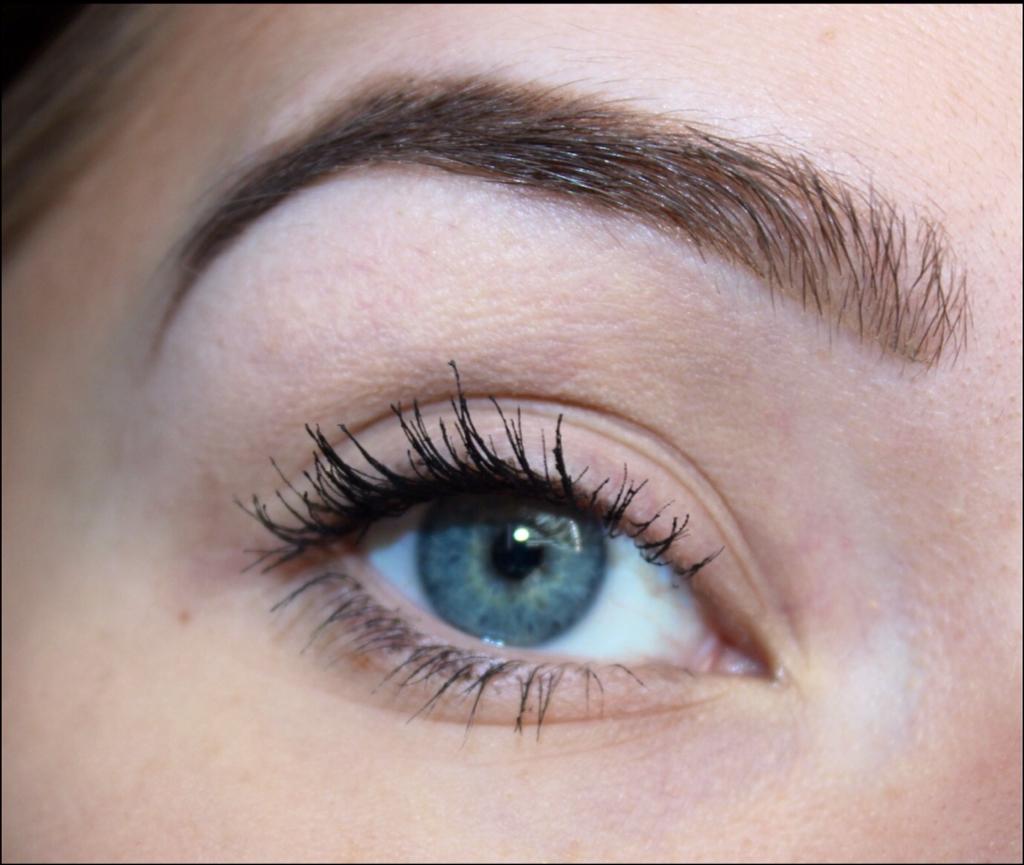 05a44f09b9e Neeners Makeup. : AMAZING Mascara Alert!-- L'Oreal Voluminous False ...