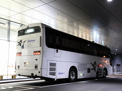 西鉄高速バス「桜島号」夜行便 3802 リア 鹿児島中央駅にて