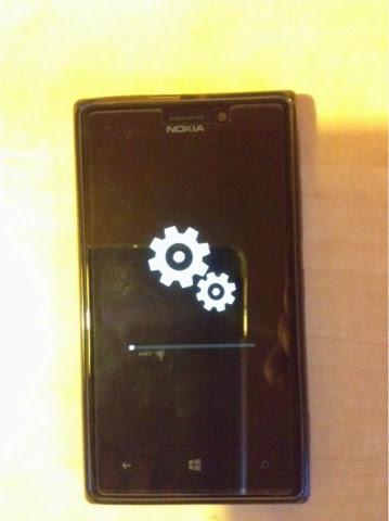 Nokia Lumia 925 updateing to Windows Phone 8.1