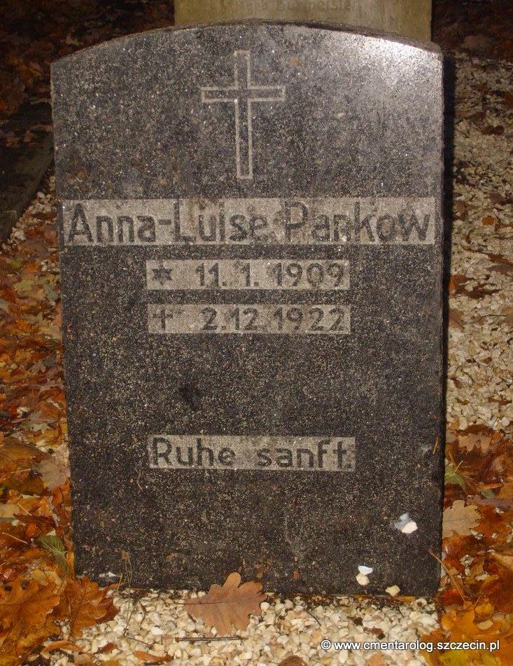 Nagrobek Anny-Luise Pankow (Podjuchy, ul. Ostowa)