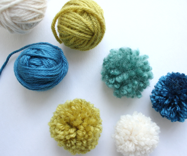 how to make a pom pom tutorial