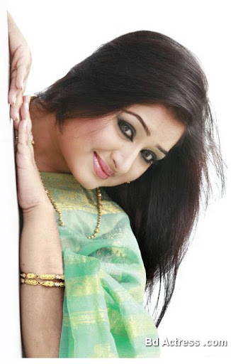 Bangladeshi Actress Racy