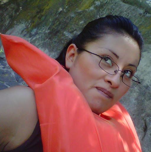 Eva Vallejo Photo 10
