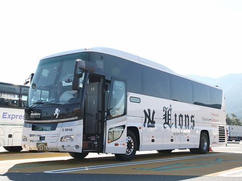 西鉄高速バス「Lions Express」 8546 足柄SAにて その1