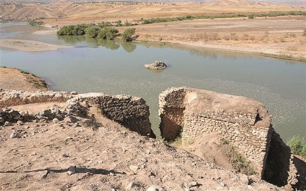 Near East: Ancient Assyrian port at dam site to be relocated