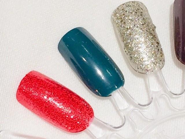 red-glitter-nails