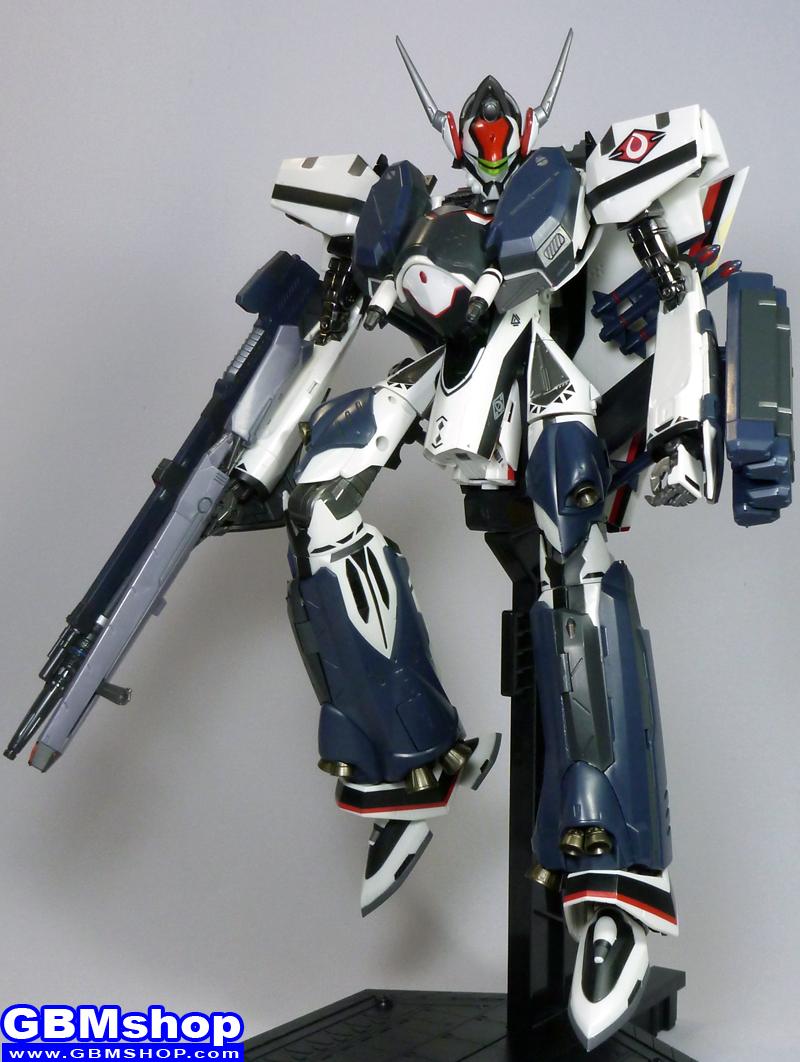 Macross Frontier VF-171EX Armored Nightmare Plus EX Alto Saotome Custom Battroid Mode