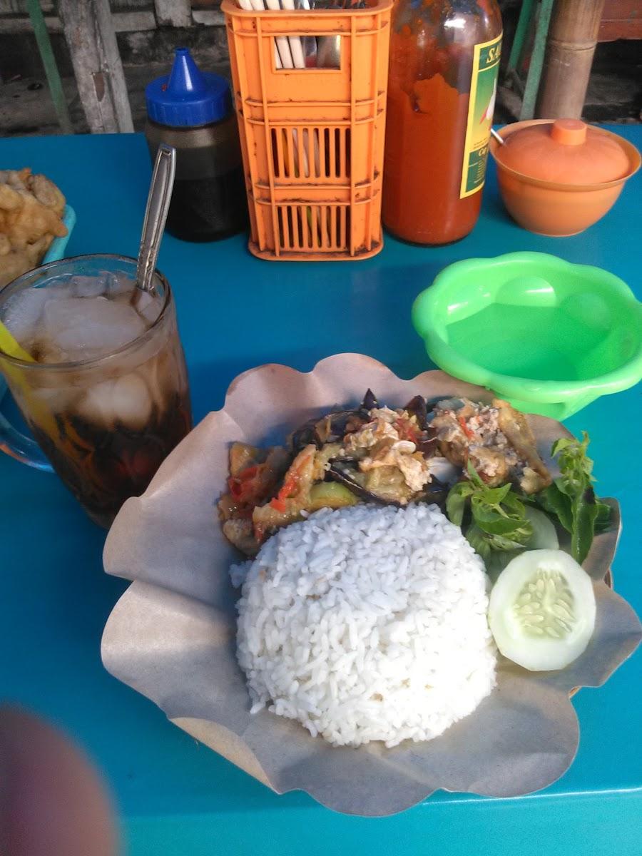 Warung Mie Ayam and Penyetan Pak Endro