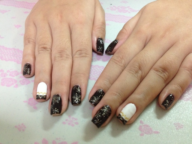 White Nail Polish With Gold Tips Hession Hairdressing