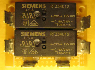 Headlight relays Headlight%2520relay%2520board%2520top