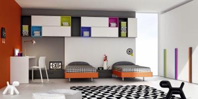 habitación infantil con 2 camas