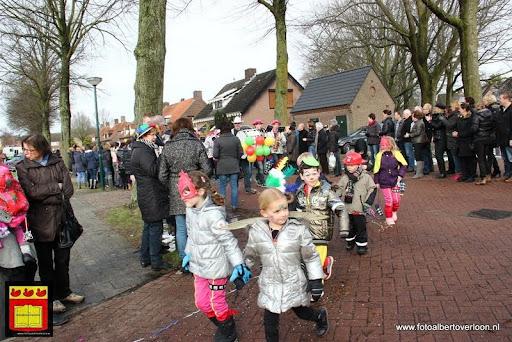 carnavalsfeest op school 08-02-2013 (28).JPG