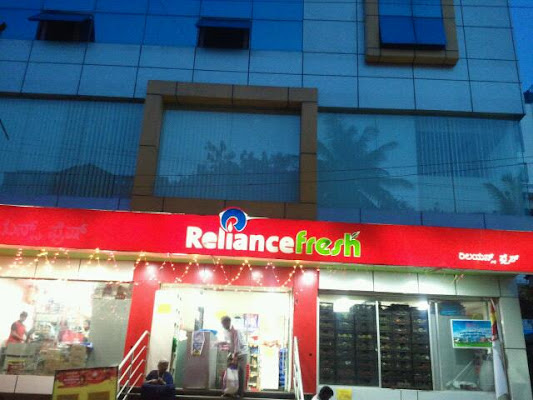 Reliance Fresh, 10th Main, 3rd Bock, 22nd Cross, Jayanagar, 22nd Cross, Bengaluru, Karnataka 560011, India