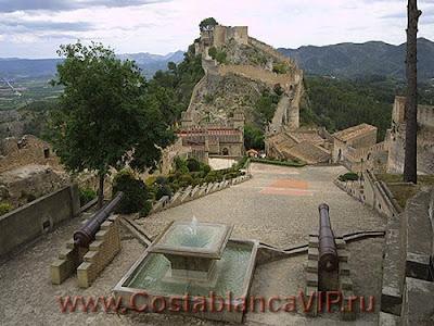 Xàtiva, Jativa, Хатива, CostablancaVIP, Valencia, Валенсия, Замок Хативы, Plaza de Toros, Casrello de Xativa, туризм, VIP туризм, путешествие по Испании, недвижимость в Испании, Коста Бланка