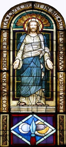 Vetrata: Cristo risorto
