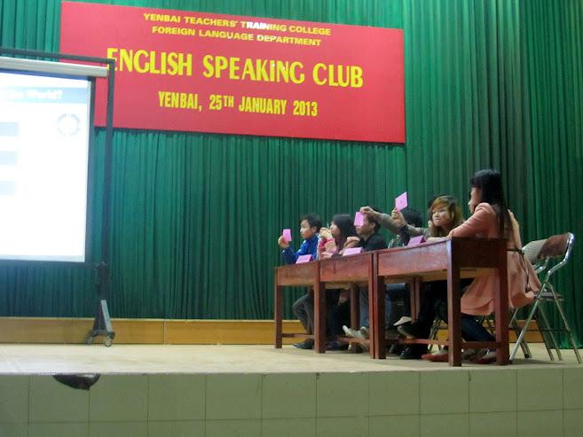 Ngoại khóa Câu lạc bộ tiếng Anh tại Trường Cao đẳng Sư phạm Yên Bái