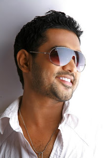 Asif Ali with his cooling glasses