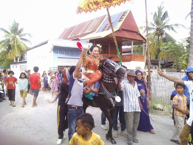 arak-arakan saeyyang pattuduq di lapeo polman