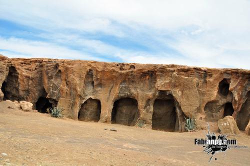 Cuevas de las Cruces, Gáldar